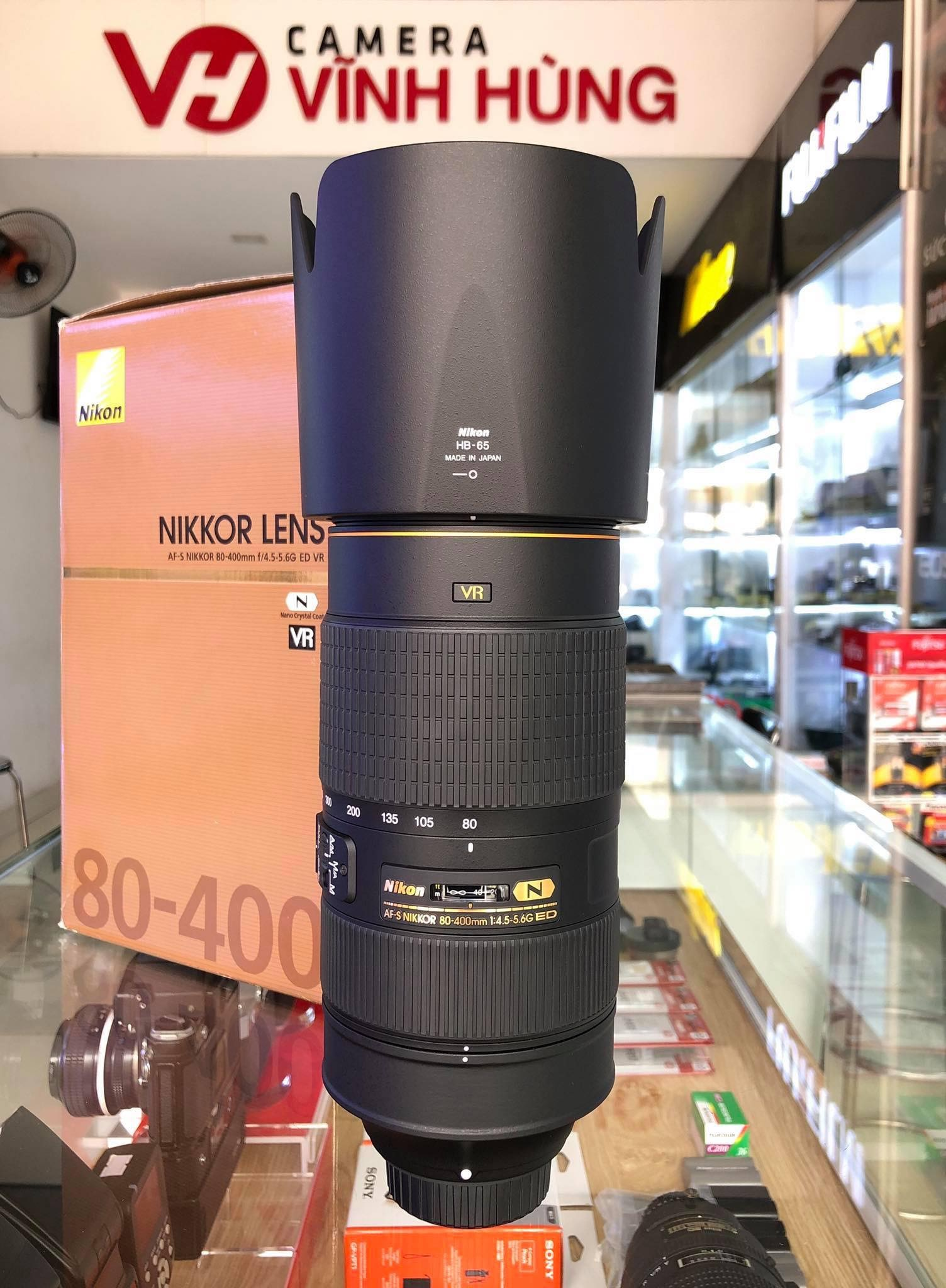 Nikon 80-400mm f/4.5-5.6G VR (Like New) fullbox